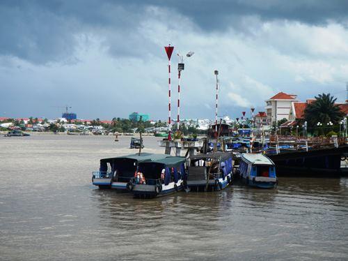 Claironyva-Vietnam-CanTho-bateaux-touristiques