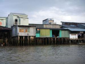 Claironyva-Vietnam-CanTho-maisons-pilotis (3)