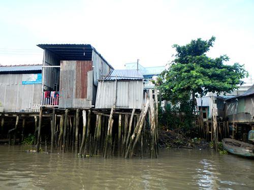 Claironyva-Vietnam-CanTho-maisons-pilotis (4)