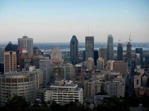 Canada : coucher de soleil sur Montréal