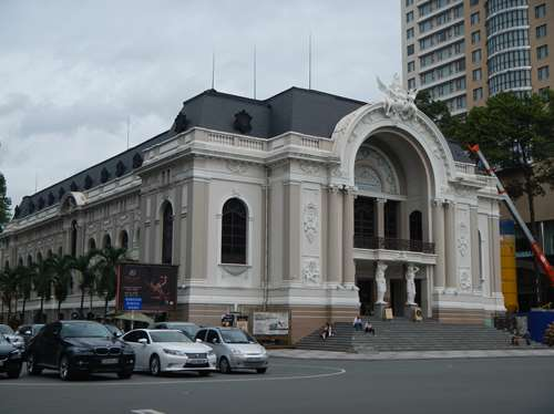 Claironyva Vietnam Ho Chi Minh Saigon théâtre