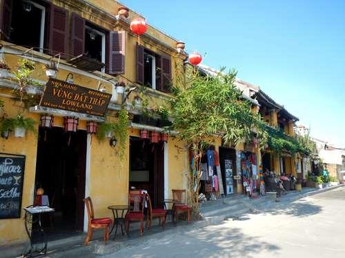 Hoi An Vietnam Claironyva