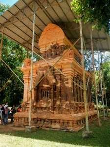 Restauration d'un temple - My Son