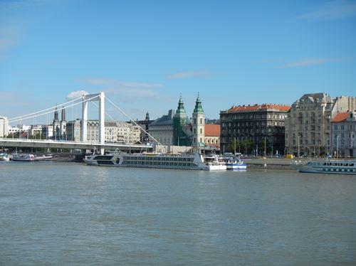 Budapest Le pont Erzsébet