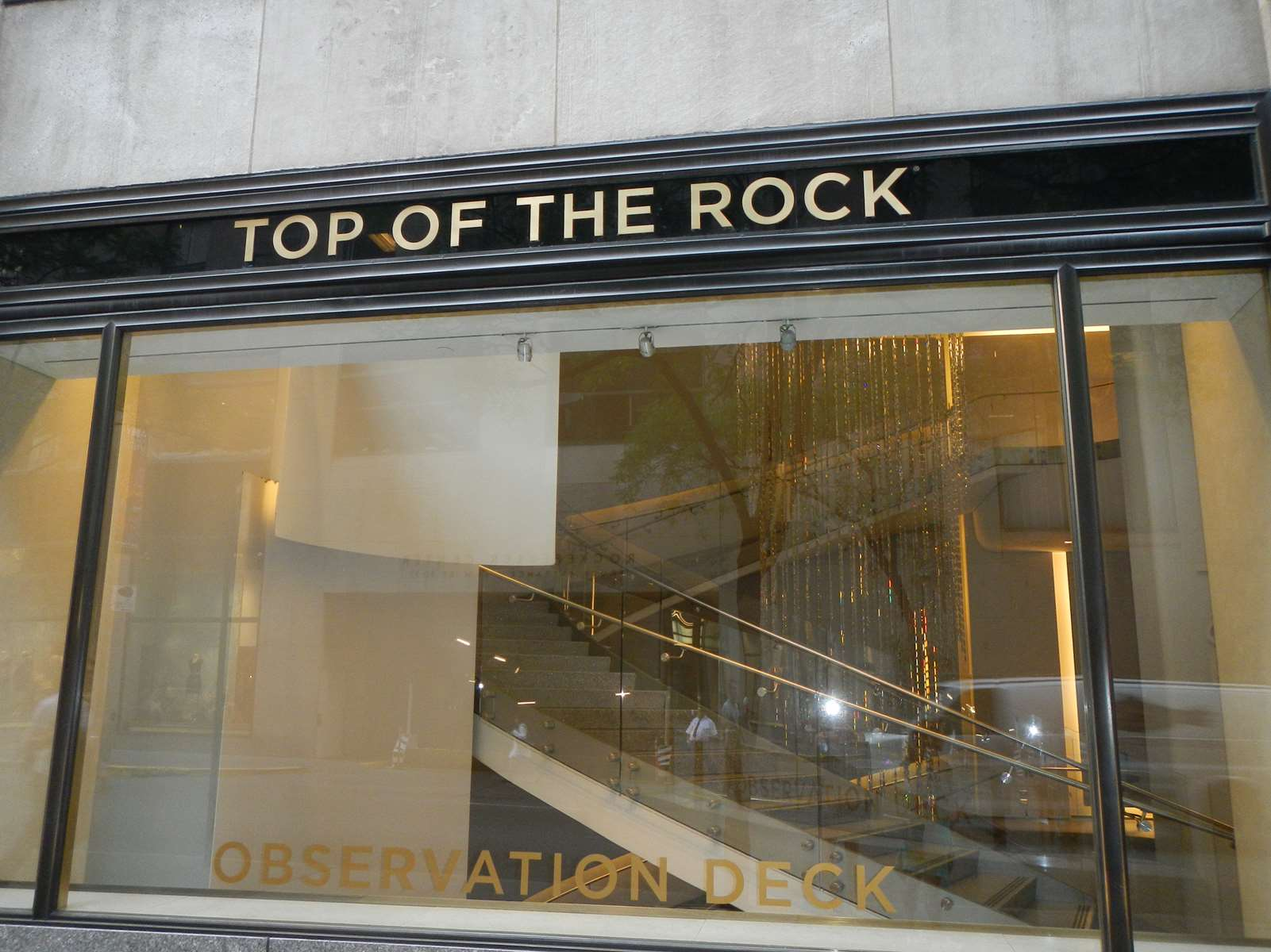 Claironyva New York Top of the Rock