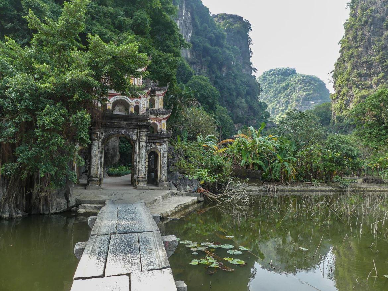 Pagode Bich Dong Ninh Binh - Tam Coc - Baie d'Halong terrestre