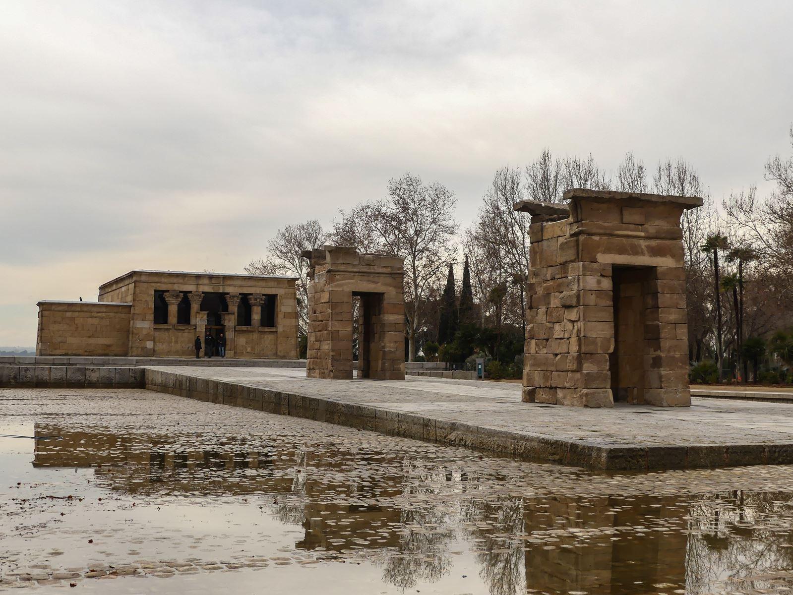 madrid-claironyva-parque de la montane - templo debod