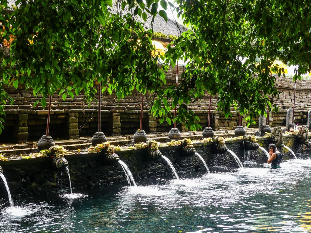 Tirta Empul bassin de purification