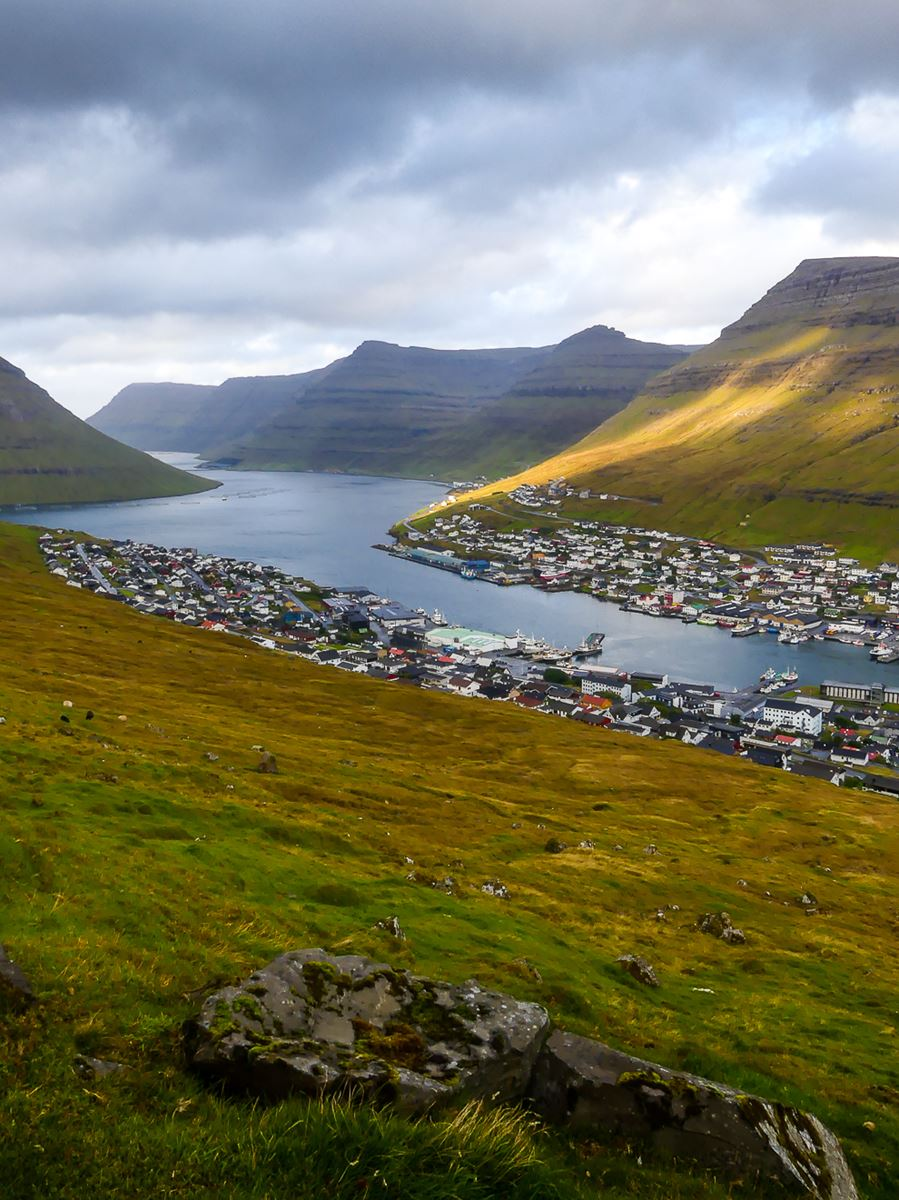 Iles Feroe : Les hauteurs de Klaksvik