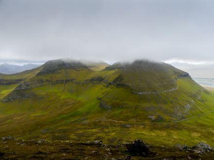 Grimpette du sommet le plus haut des Iles Feroe : Slaetarratindur