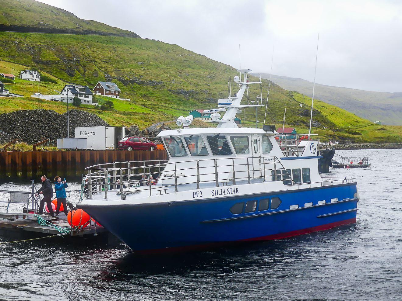 Notre bateau contre vents et marées