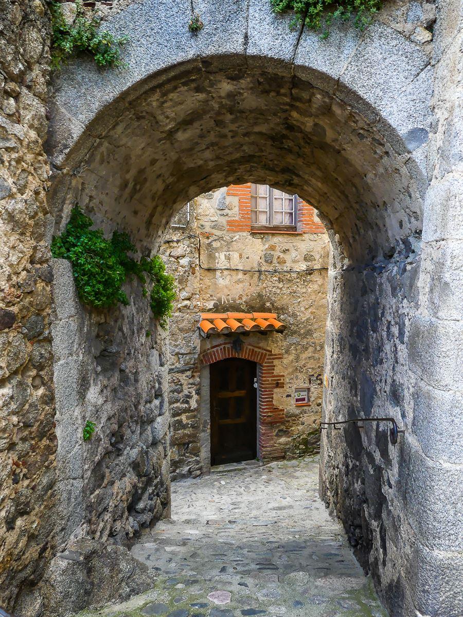 Pyrénées Orientales - Eus -Plus beau village de France