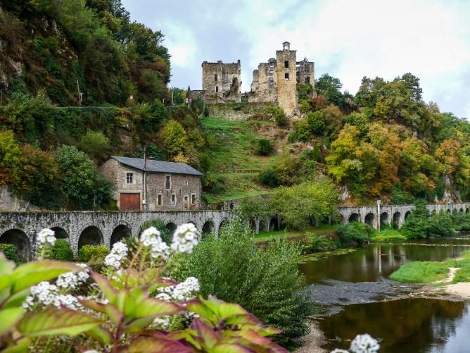 Laguépie et son château - Tarn et Garonne