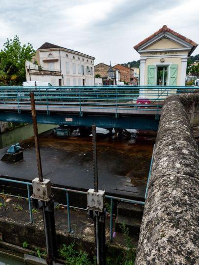 Pont tournant de Moissac