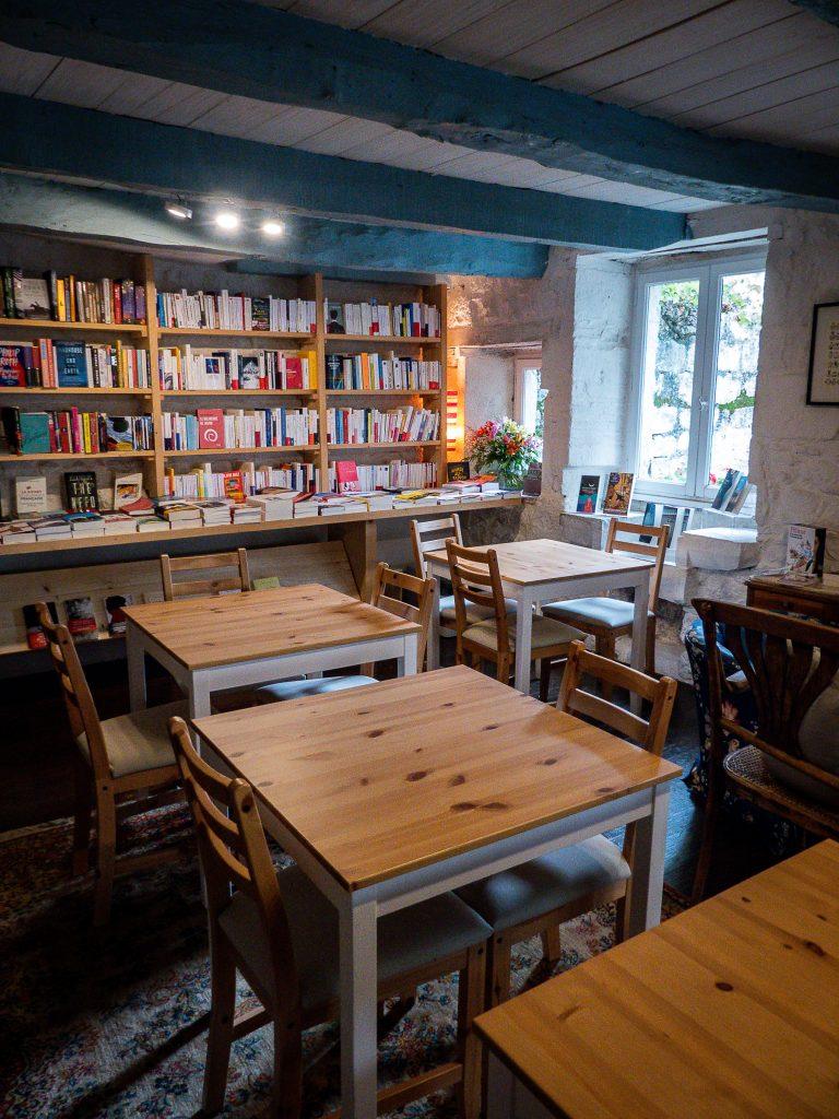 Montcuq - Books et company