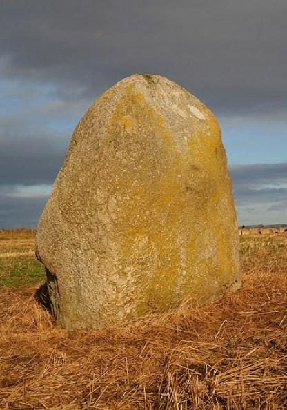 The_Lochmaben_Stone_-_geograph.org.uk_-_1058306.jpg