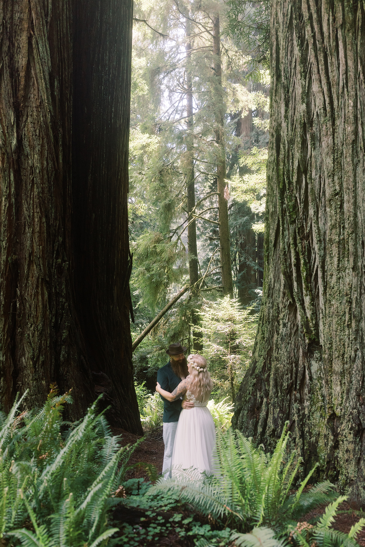 Prairie-Creek-Redwoods-State-Park-wedding-elopement-photos-02