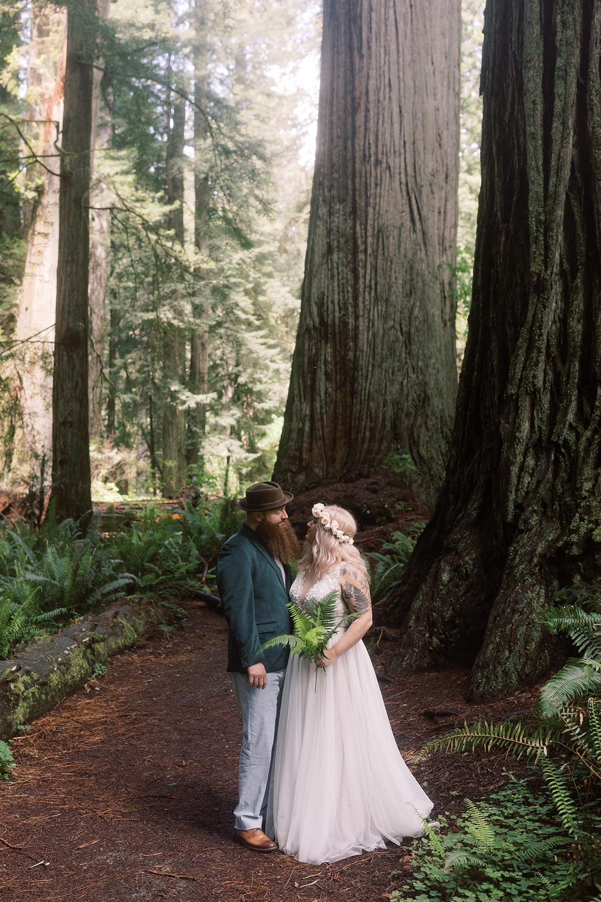 Prairie-Creek-Redwoods-State-Park-wedding-elopement-photos-05