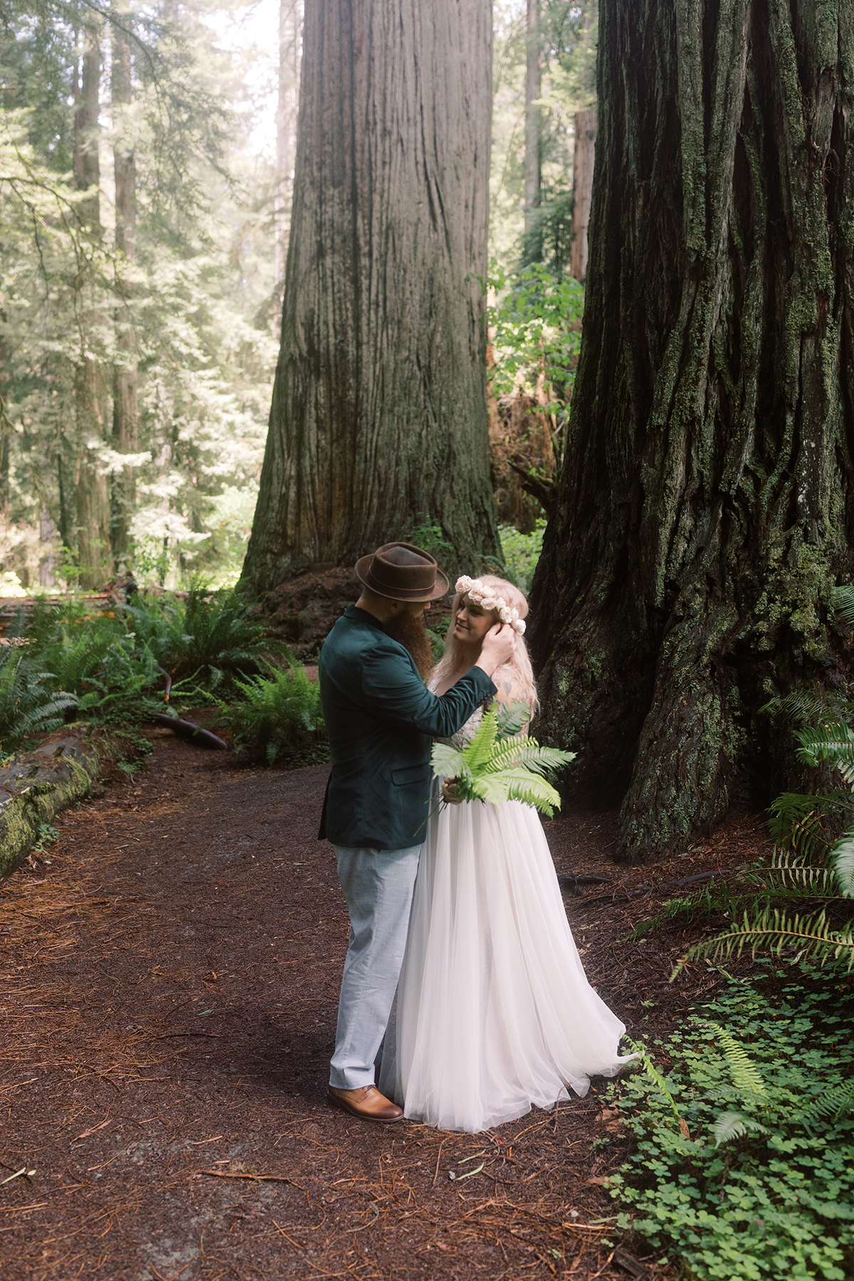 Prairie-Creek-Redwoods-State-Park-wedding-elopement-photos-06