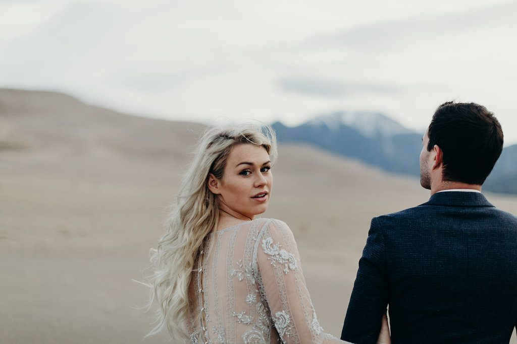 great-sand-dunes-colorado-elopement-clancey-1