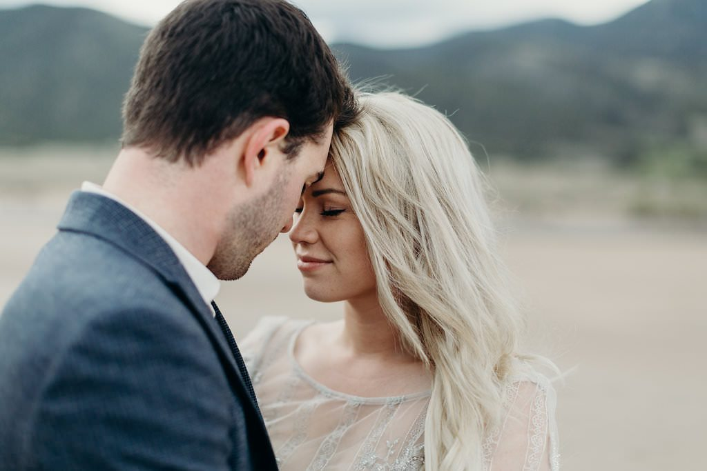 great-sand-dunes-colorado-elopement-clancey-9