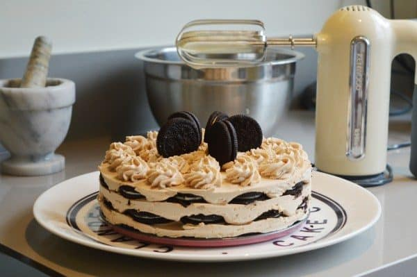 No bake Cookies and Cream Icebox cake