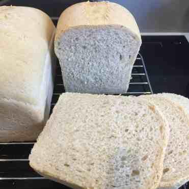Nordic plain wheat bread.