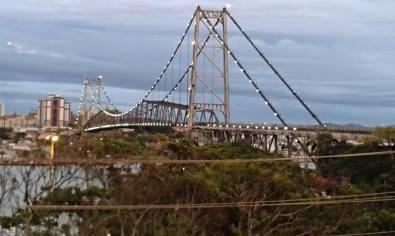 Vista da ponte Hercilio Luz