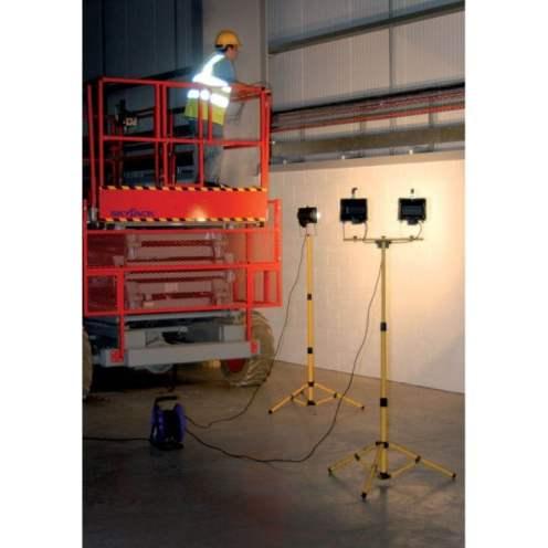 ideas4lighting-draper-twin-400w-halogen-site-lights-240v-and-stand-p25168-27671_medium