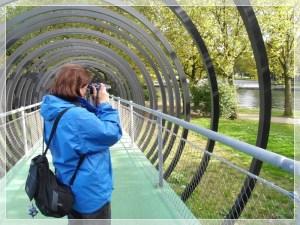 2610 Lucie Slinkybrücke