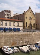 Photo Credits: CC License Chiesa degli Olandesi, Livorno, by http://commons.wikimedia.org/wiki/User:Etienne_(Li)