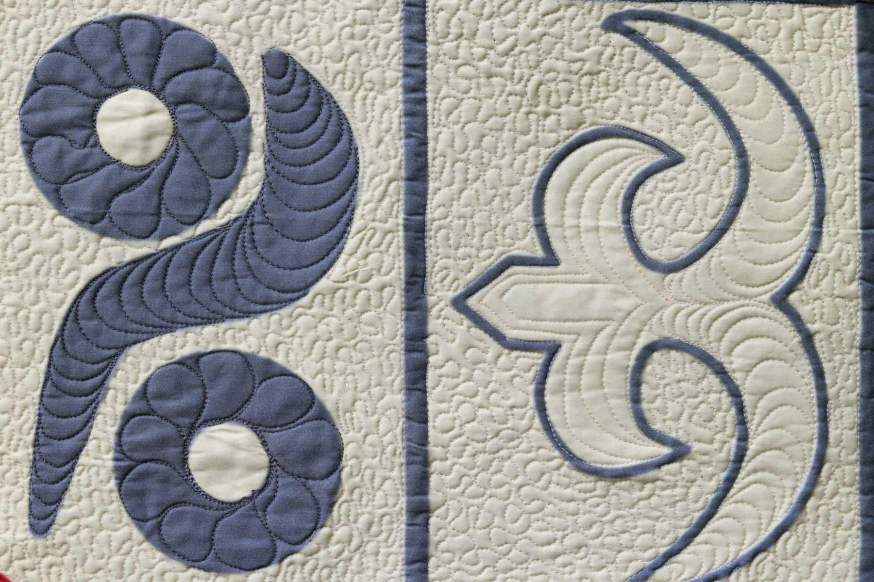 Akoko Nan   Adinkra symbol   Fiber art   Free motion embroidery   thread painting