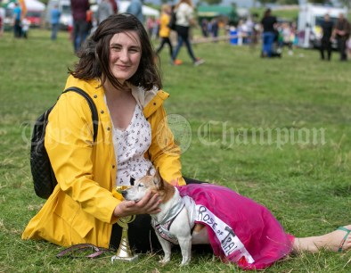 250819 Lu McMahon, Sixmilebridge, with Best Fancy Dressed Dog Lilly at Kilmurry Festival Field Day on Sunday.Pic Arthur Ellis.