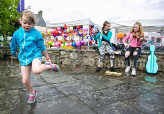 020819 Emma O'Donoghue dancing to the tunes of Maeve mcCall, Scariff and Tara Mooney, Ogonnelloe, at the Scariff harbour festival on Sunday.pic Arthur Ellis.