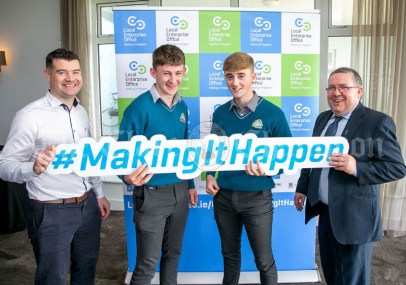 REPRO FREE 260919 Launching Local Enterprise Office Student Enterprise Programme 2019 were Finbar Tuohy and Declan Meaney, Local Enterprise Office Clare, with students from Kilrush Community School during Student Enterprise Induction Day at The Armada Hotel in Spanish Point.Pic Arthur Ellis.