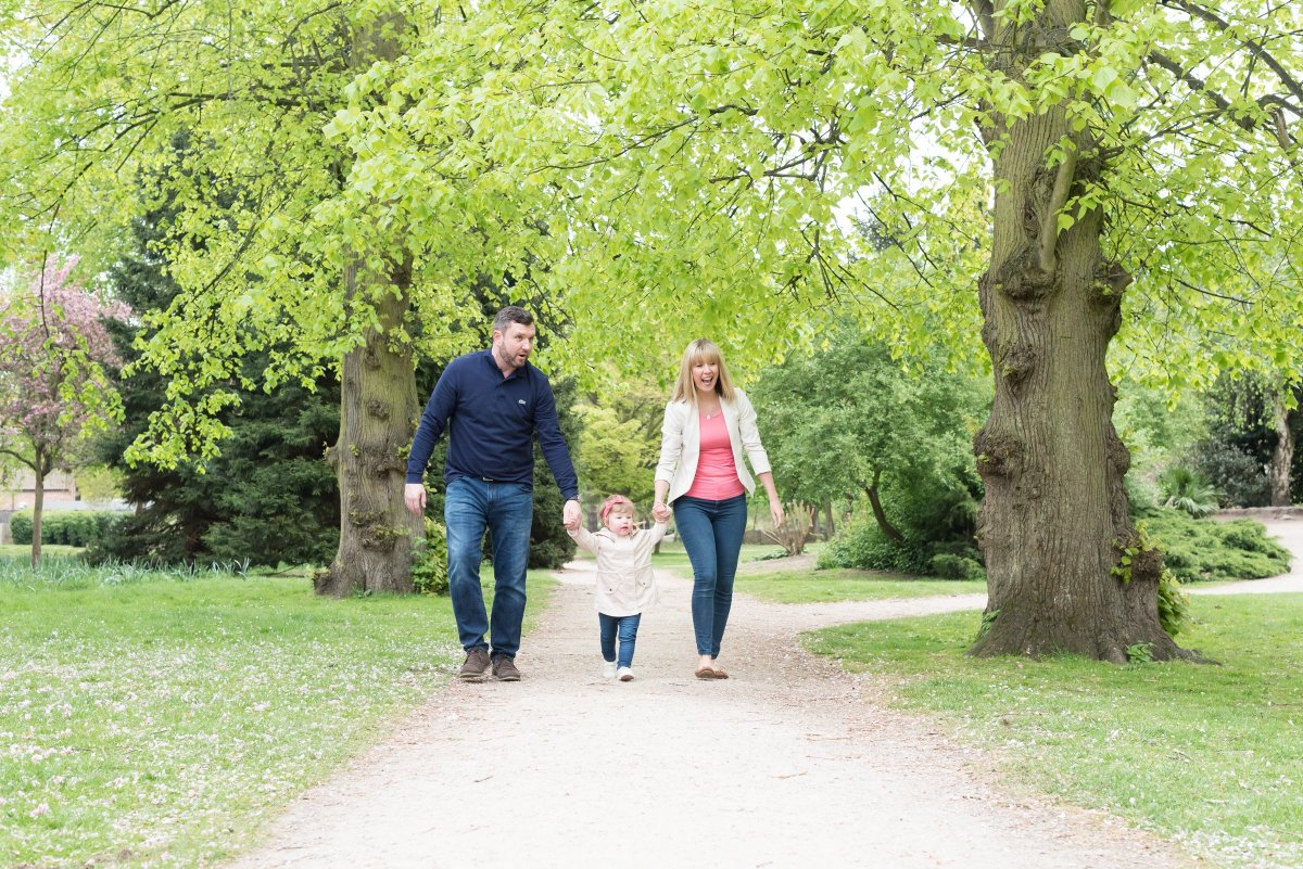 Hampton Court Family Photographer | Clare Murthy Photography
