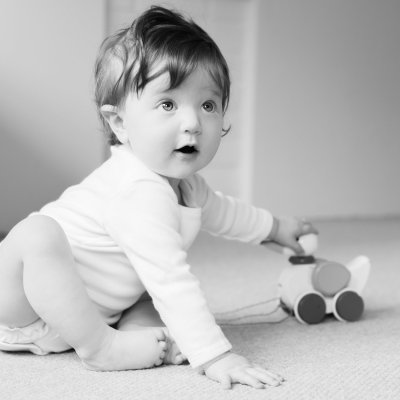 Mummy and Baby At Home Session | Surrey Baby Photographer
