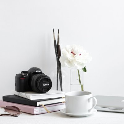 Gift Guide: 7 Mother's Day Gifts for Photography Lovers