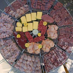 eme-girabrace-con-carne