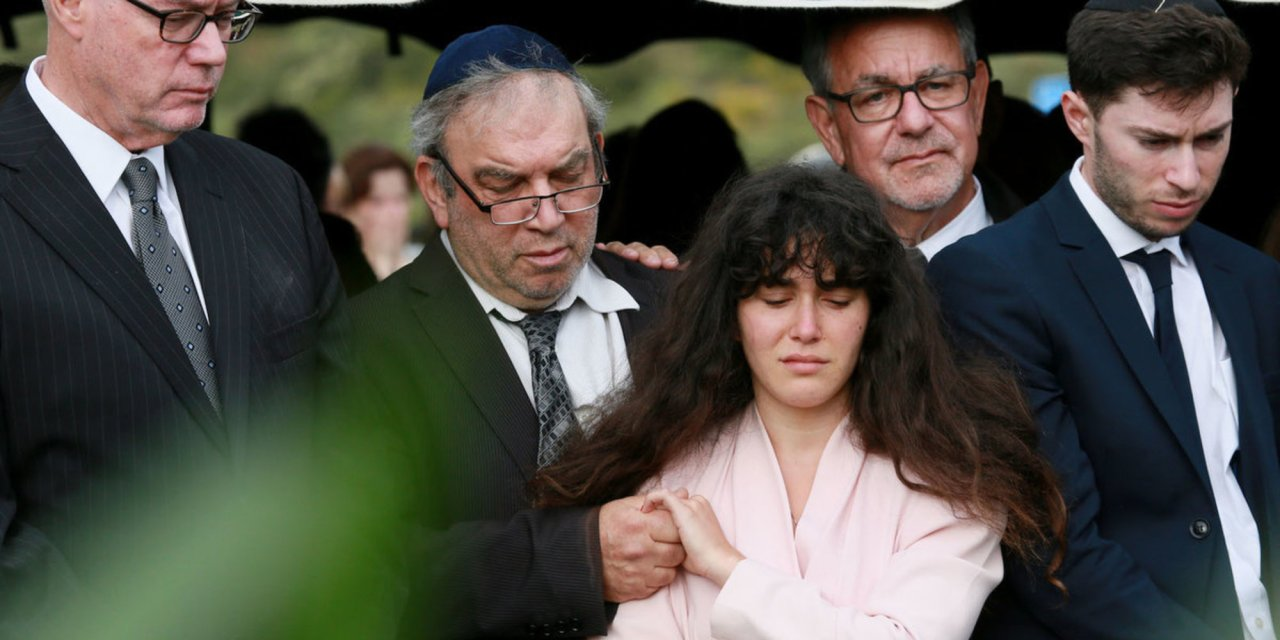 A doctor was trying to save synagogue shooting victims—then tragically realizes his wife was one of them