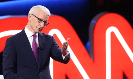 CNN's Minuscule Audience Nosedived 25 Percent in April | Breitbart