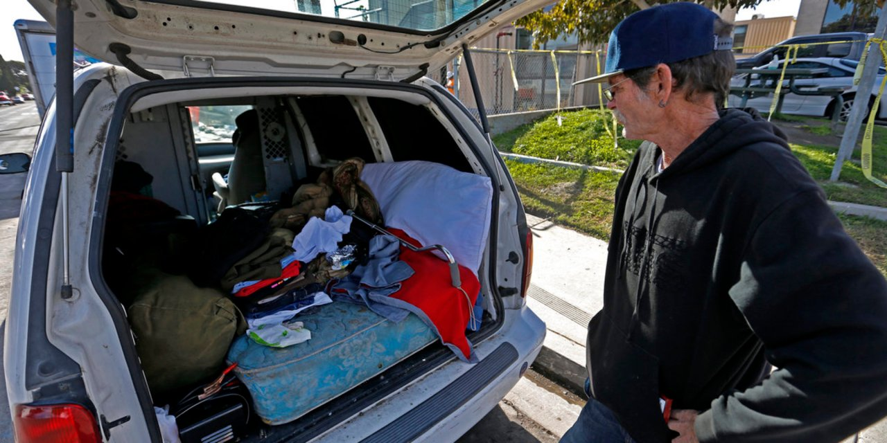 San Diego passes emergency ban in response to surge of homelessness