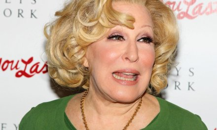 President Trump calls Bette Midler a 'sick scammer' for peddling fake quote on Twitter