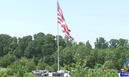 Camping World CEO says he'd rather 'go to jail' than remove his store's gigantic American flag