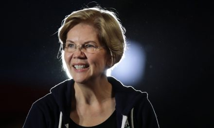 'Dump The Guy Who Ghosted You' : Warren Appeals To Young Women Through Dating Advice