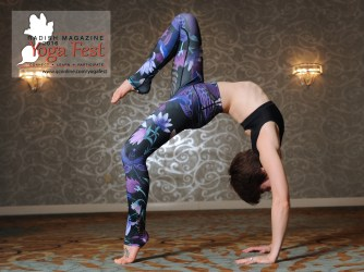 Wheel pose in Dragonfly Orchid Leggings and Choli top - image by Todd Welvart