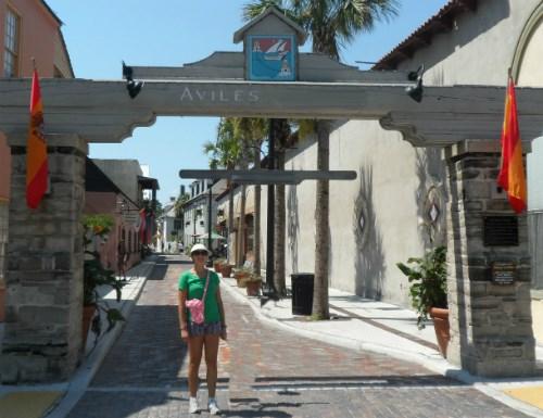 New-Spain-girl-street