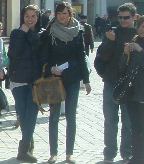 Market squre Cracow girls