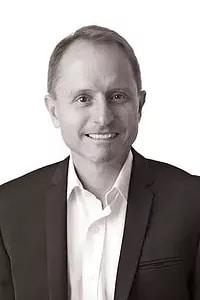Dr Steve Neubecker