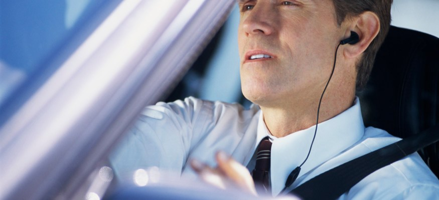 Traffic navigation apps to reduce wait time on the road